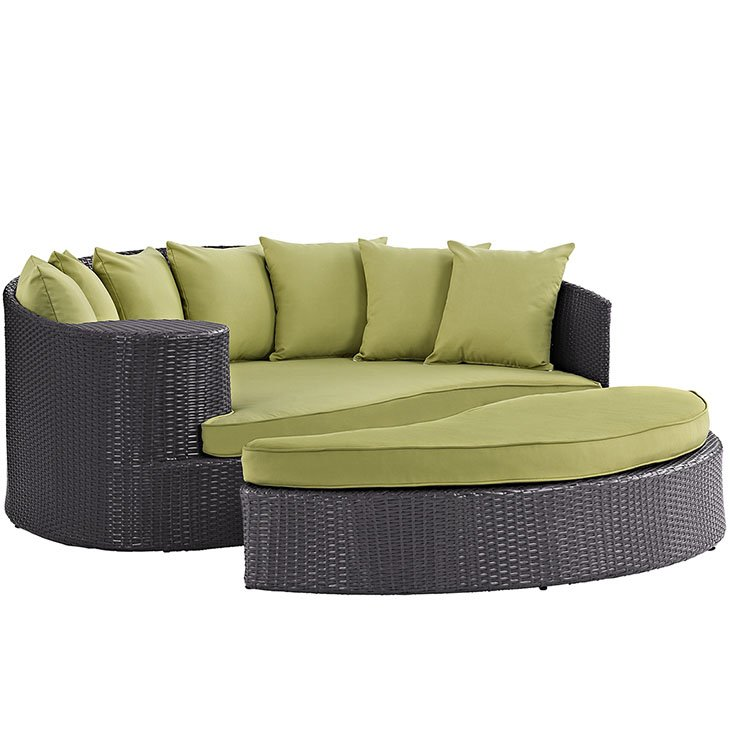 Patio Day Bed in Green
