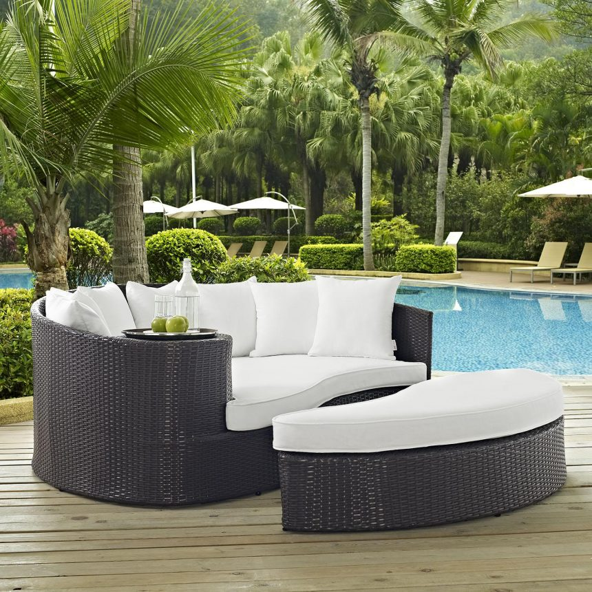 Outdoor Patio Daybed in Espresso White Cushions EEI-2176