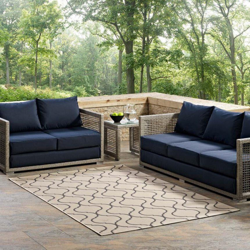 Indoor Outdoor Rug in Beige and Gray