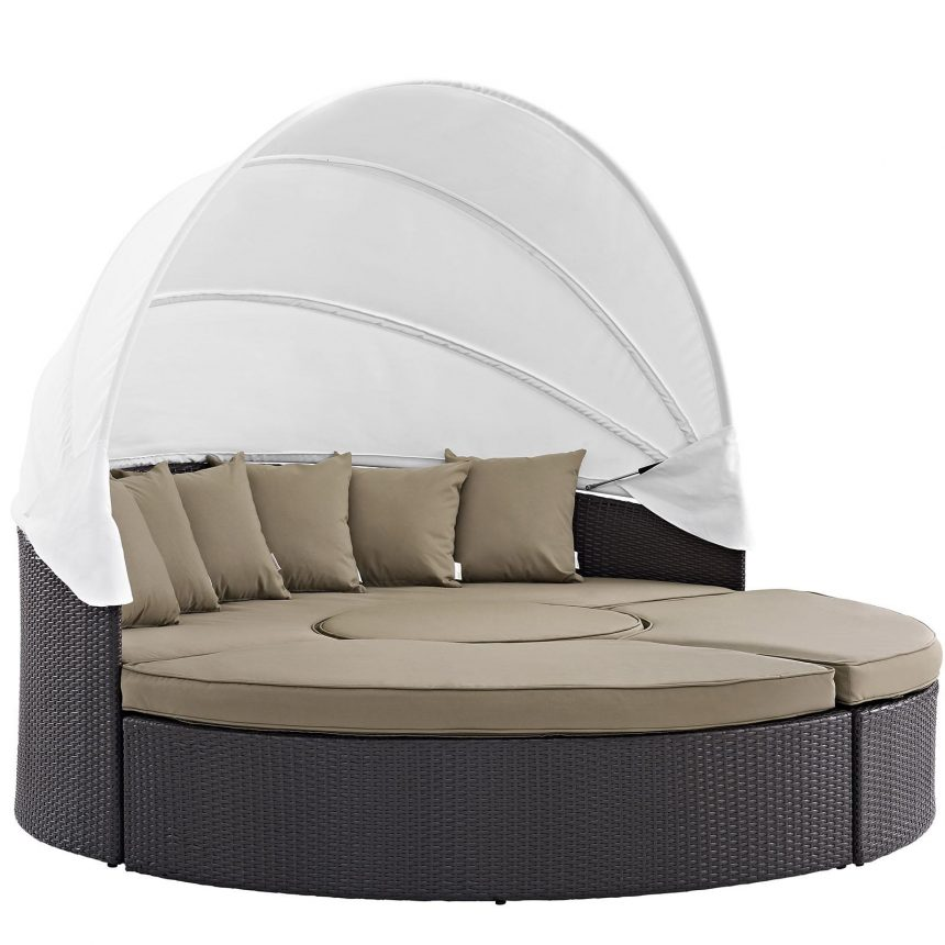 Outdoor Daybed in Mocha