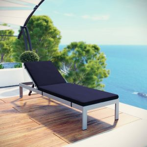 Outdoor Patio Aluminum Chaise with Cushions in Silver Navy