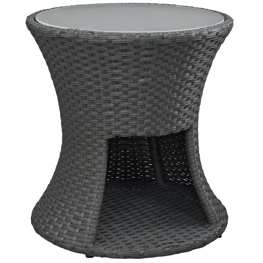 Round Outdoor Patio Side Table in Chocolate