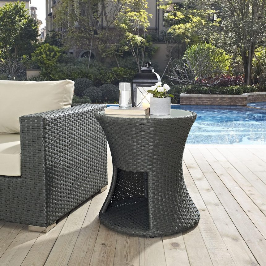 Round Outdoor Patio Side Table in Chocolate EEI-1980