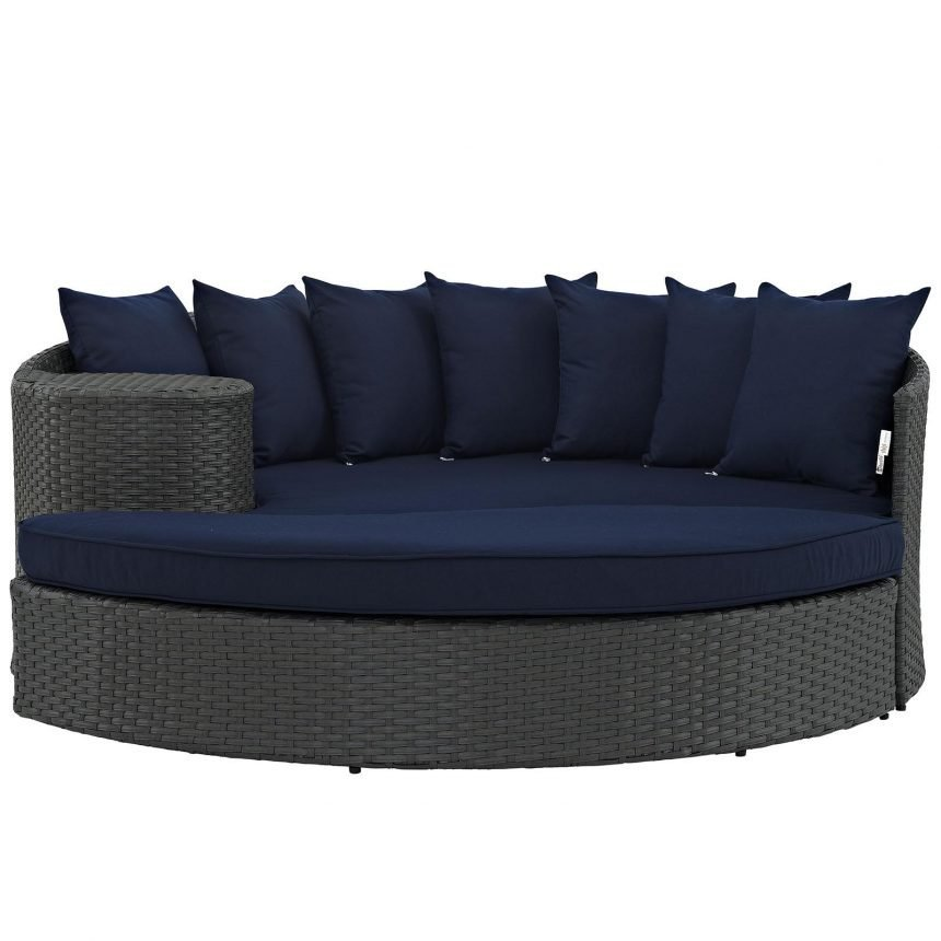 Outdoor Patio Sunbrella® Daybed Front View in Canvas Navy EEI-1982
