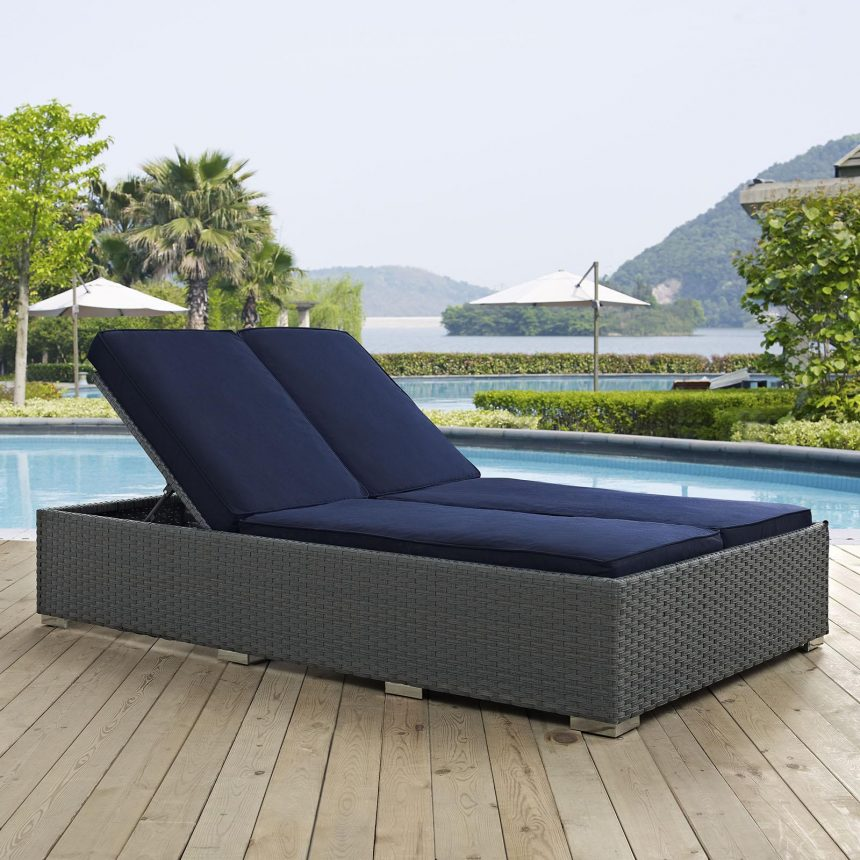 Outdoor Patio Sunbrella® Double Chaise in Chocolate Navy EEI-1983